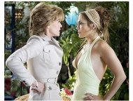Monster-In-Law Movie Stills: Jane Fonda and Jennifer Lopez
