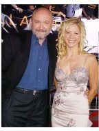 """Frank Darabont and wife, producer Julie Richardson, at the """"Collateral"""" premiere"""