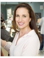 Beauty Shop Movie Stills: Andie MacDowell