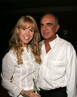 Julia Verdin and Robert Shapiro
