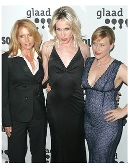 17th GLAAD Awards Photos:  Rosanna Arquette, Alexis Arquette and Patricia Arquette