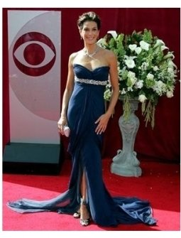 Teri Hatcher on the red carpet at the 57th Annual Primetime Emmy Awards