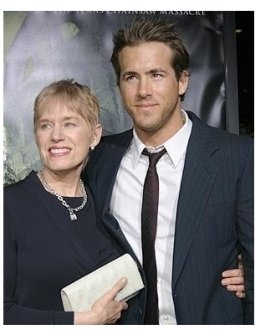 The Amityville Horror Premiere: Ryan Reynolds and mom Tammy