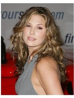 Ten/GM RC: Daisy Fuentes