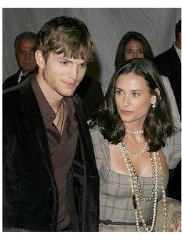 Ten/GM RC: Ashton Kutcher and Demi Moore