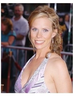 "Cheryl Hines at the ""Anchorman"" premiere"