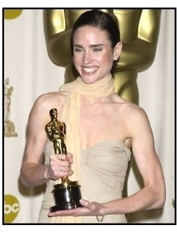 Jennifer Connelly backstage at the 2002 Academy Awards