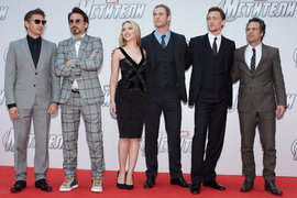 Jeremy Renner, Robert Downey, Jr, Scarlett Johansson, Chris Hemsworth, Tom Hiddleston and Mark Ruffalo