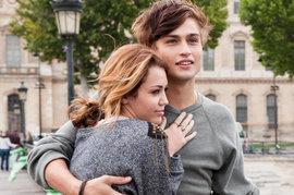 Douglas Booth, Miley Cyrus