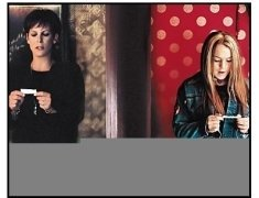 """Freaky Friday"" Movie Still:Jamie Lee Curtis and Lindsay Lohan"