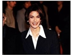 Teri Hatcher at the Fools Rush In premiere