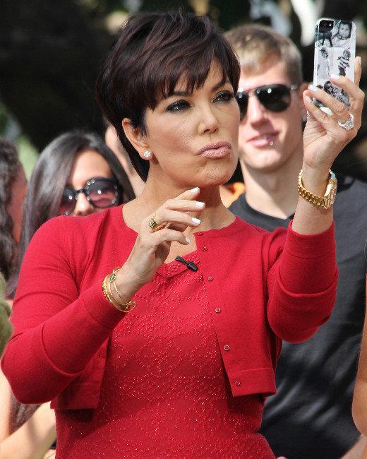 Kris Jenner, Selfie