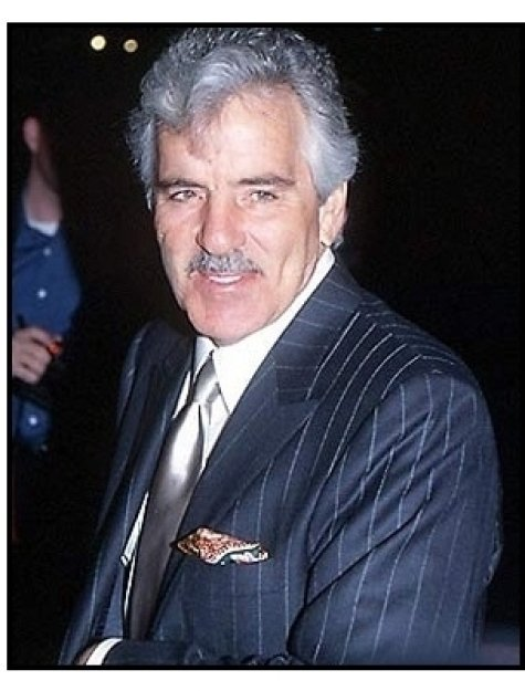 Dennis Farina at the Snatch premiere