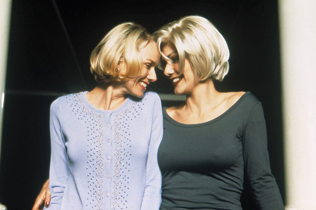 Mulholland Drive, Naomi Watts and Laura Harring